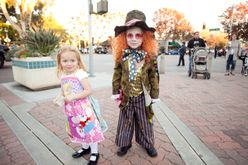 Halloween on Elm girl and boy