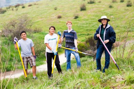 Lake Calavera trail cleanup