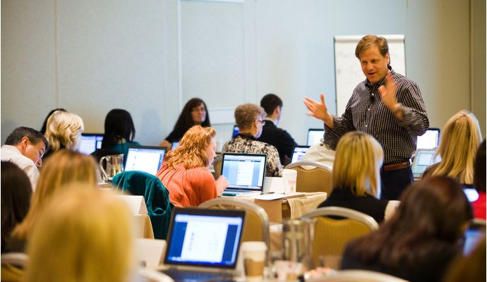 New Social Media Manager's Workshop Addresses  Digital Communications Skills Gap