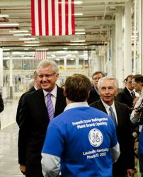 GE Chairman Jeff Immelt and Kentucky Governor Steve Beshear
