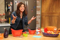 RACHAEL RAY on set with GE Appliances