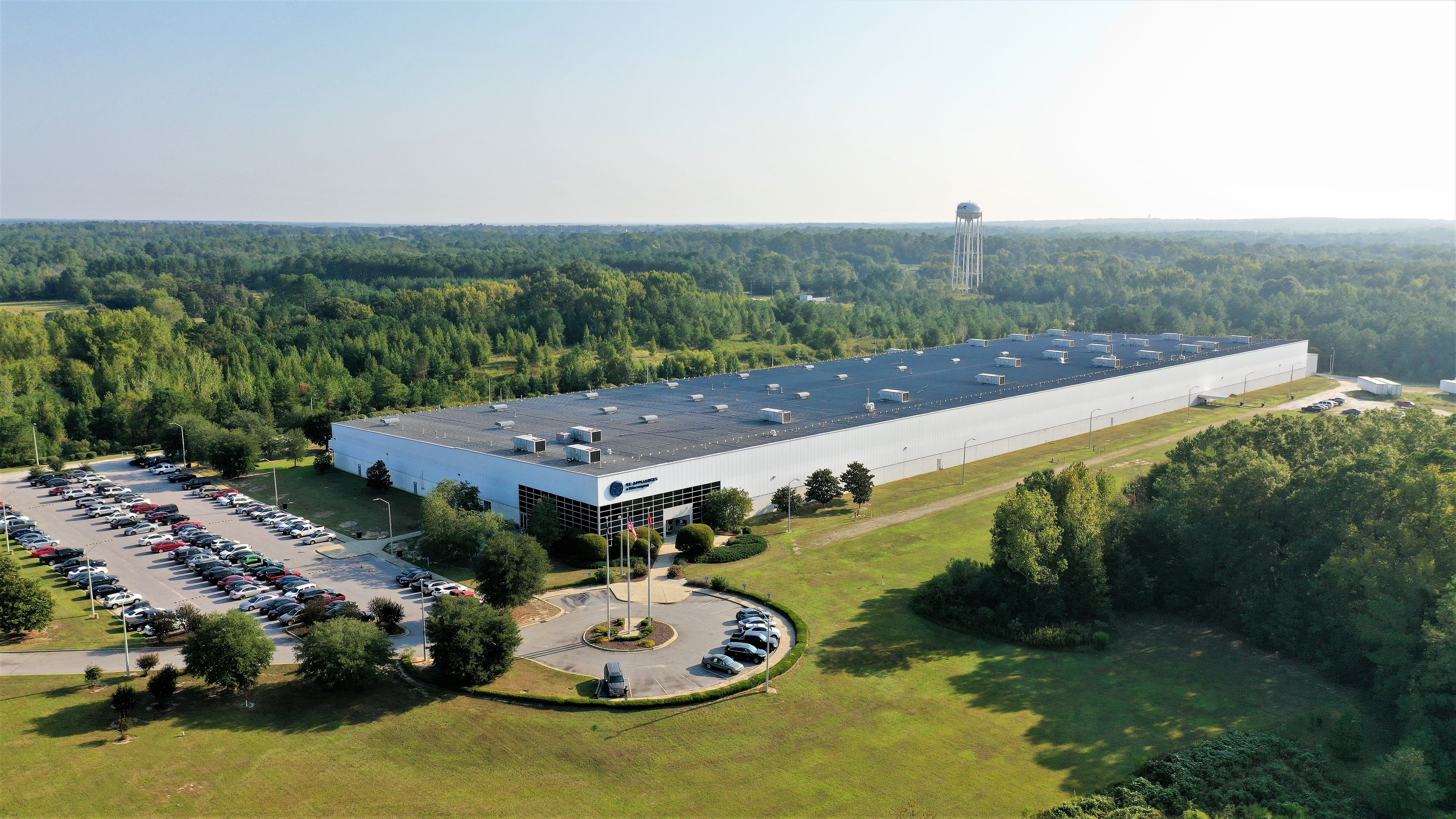 Ge Appliances Invests 60 Million To Begin Water Heater Manufacturing At Its Camden South Carolina Plant Ge Appliances Pressroom