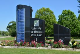 UHCL US News and World Report online programs