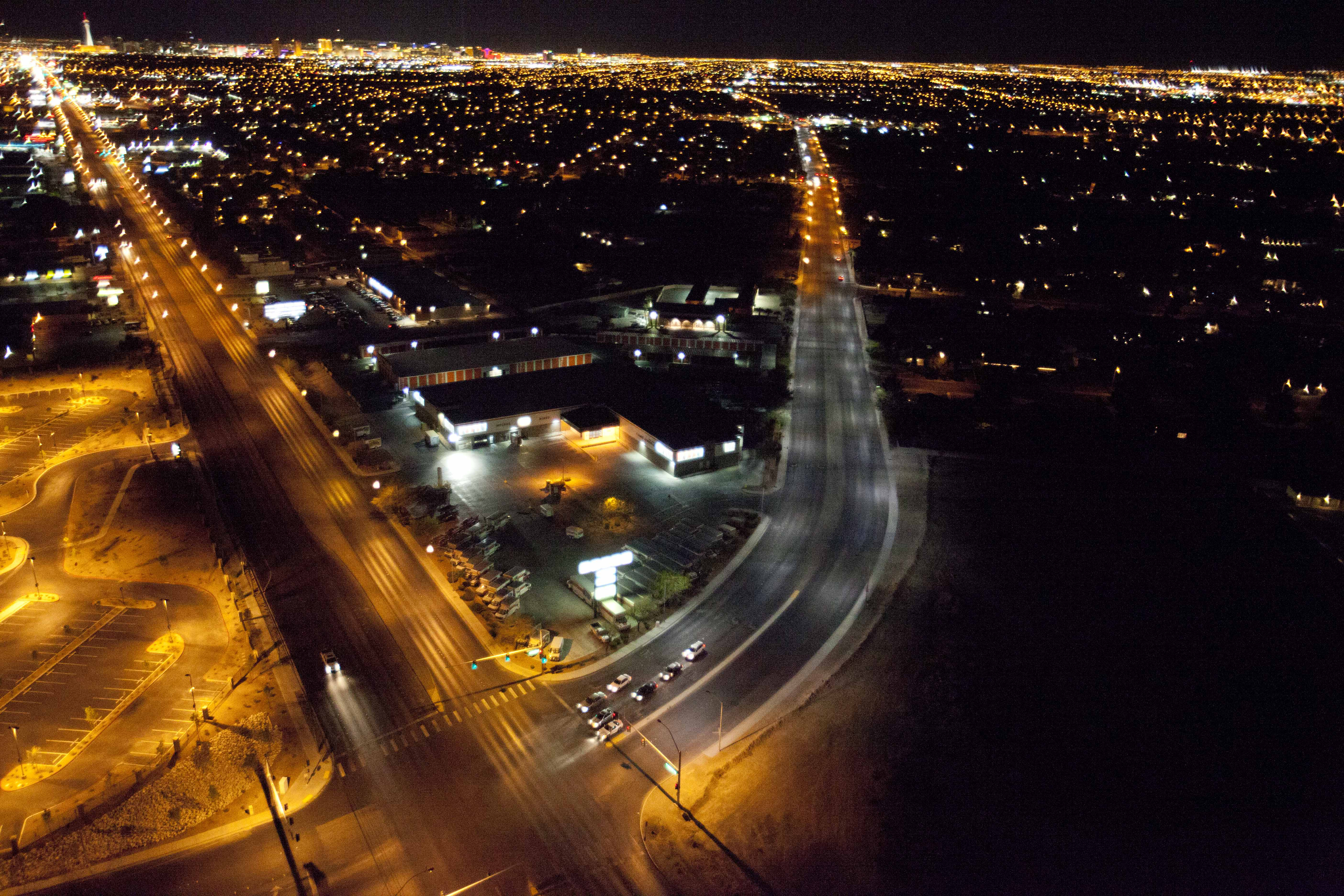 Energy-Efficient GE LED Street Lighting Works Wonders for Any Size ... for High Pressure Sodium Street Lights  146hul