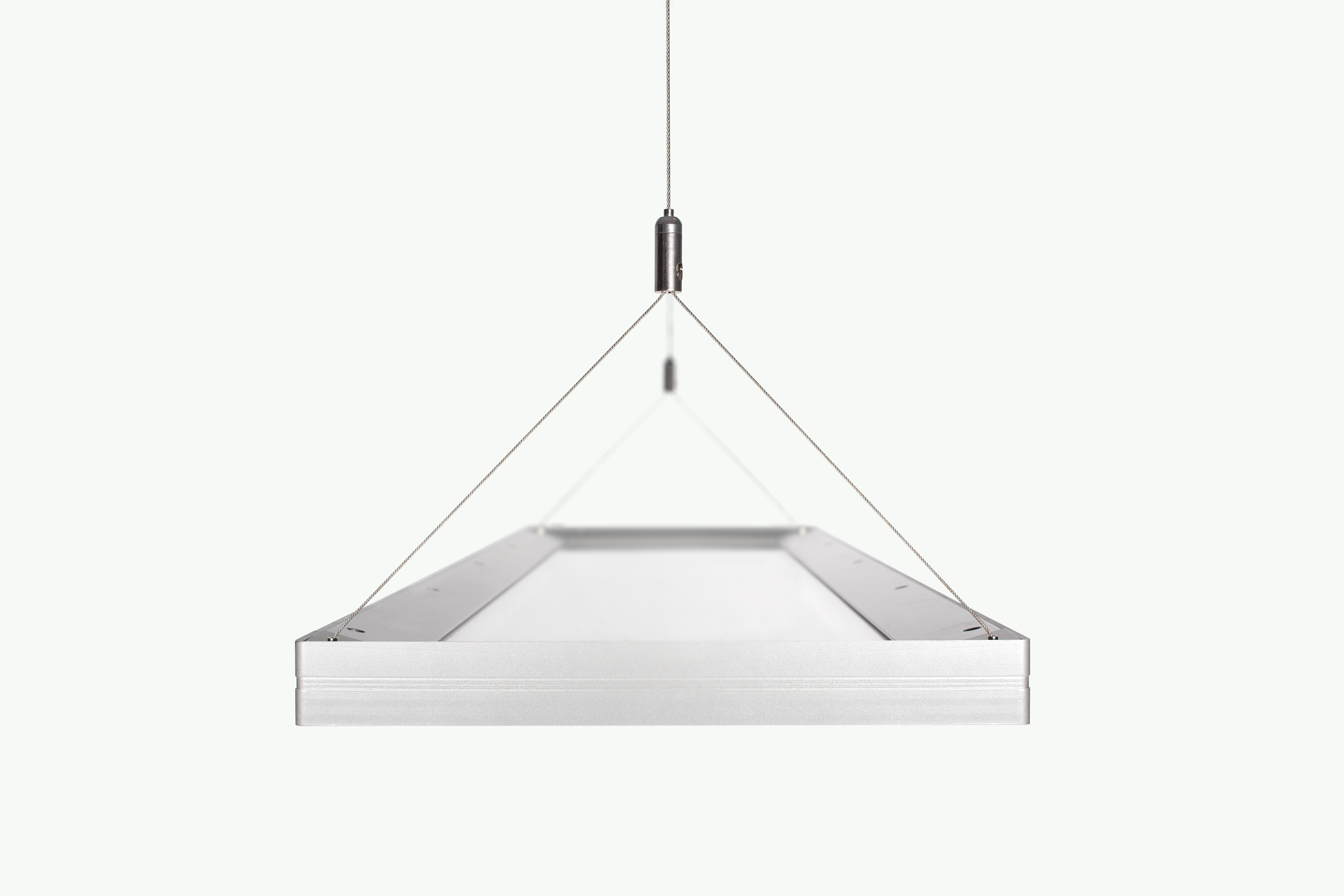 Instant it factor ge lighting s chic new led suspended for Luminaire 3 suspensions