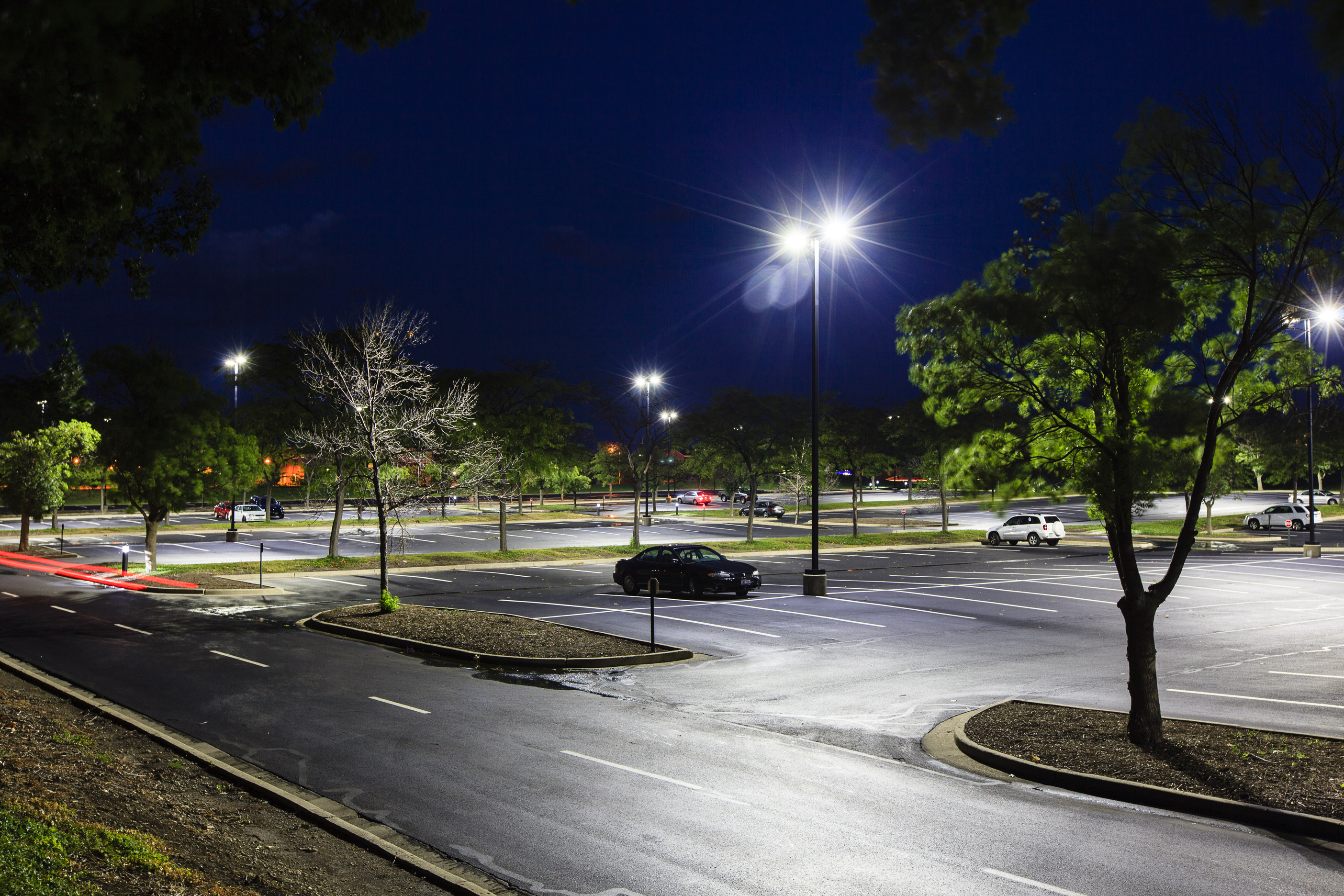 Ge outdoor and office lighting solutions will save metlife Fixture exterieur led