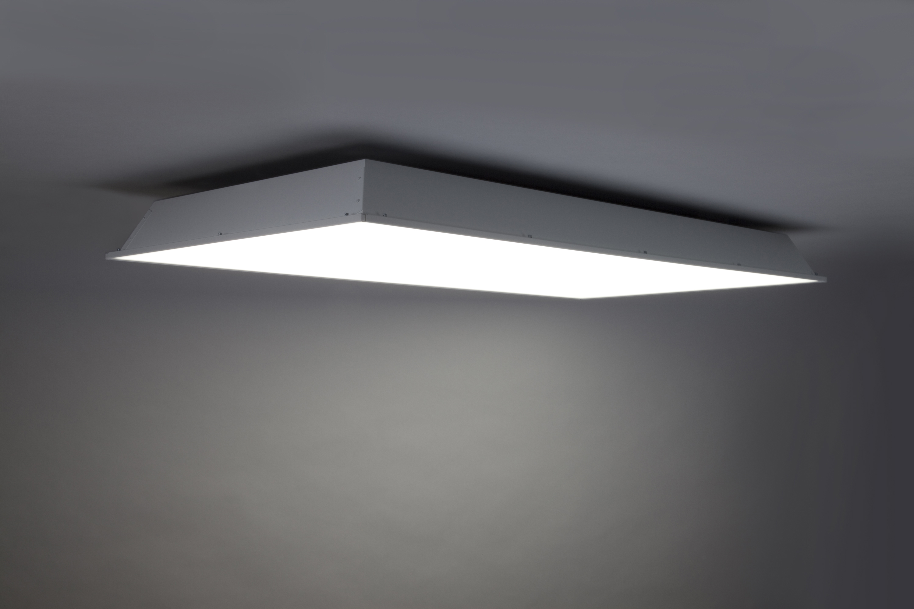 GE's Lumination™ BT Series LED Lighting Fixture Refreshes ...