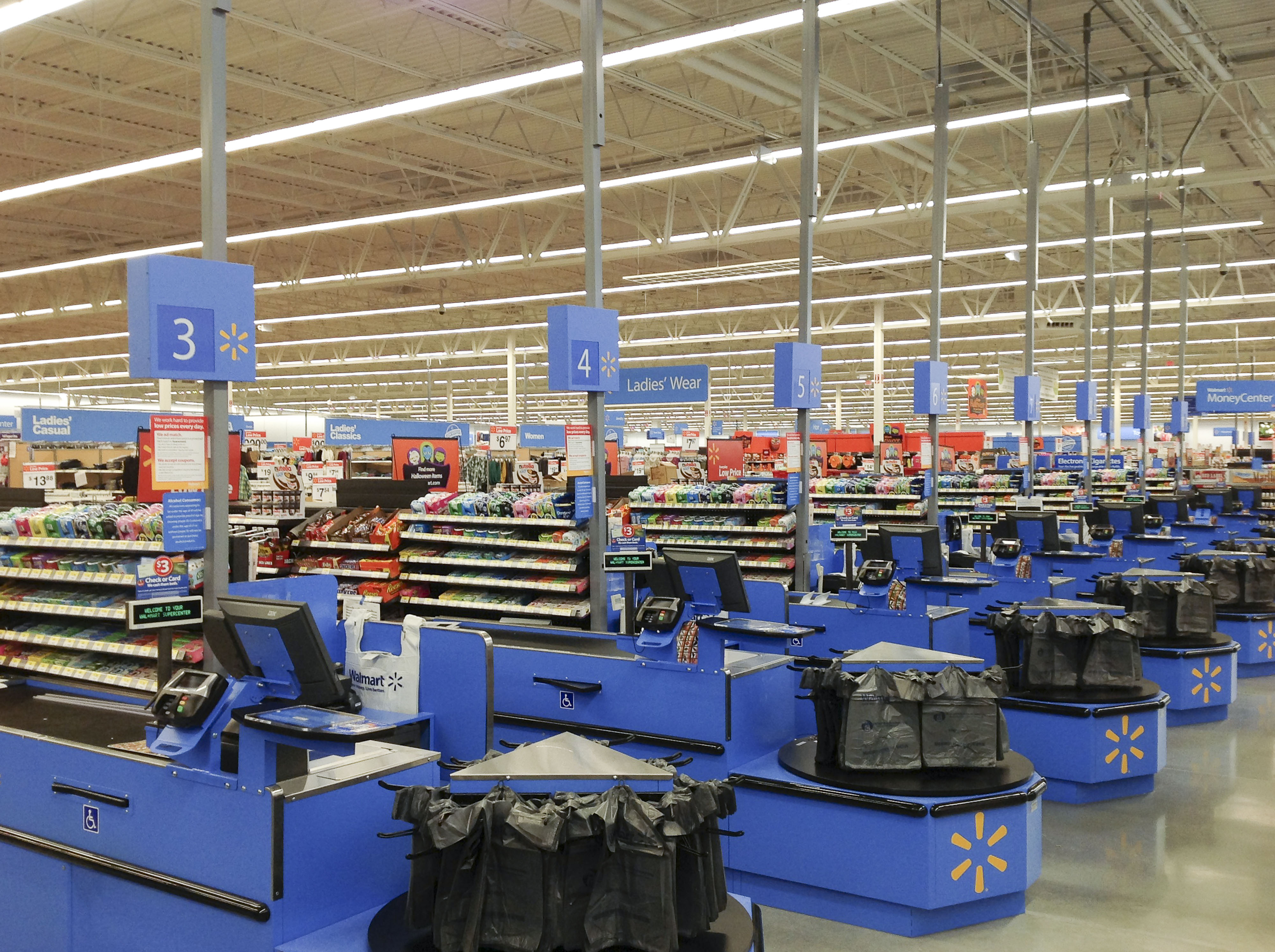 walmart and ge transforming retail lighting with energy-efficient