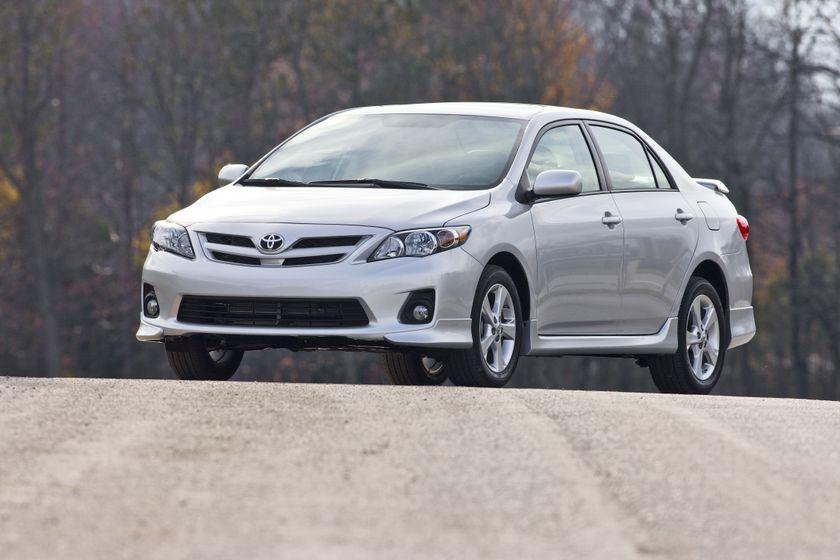 2011 Toyota Corolla 10