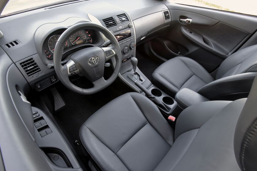 2011 Toyota Corolla 14