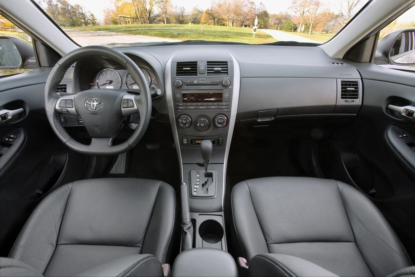 2011 Toyota Corolla 13