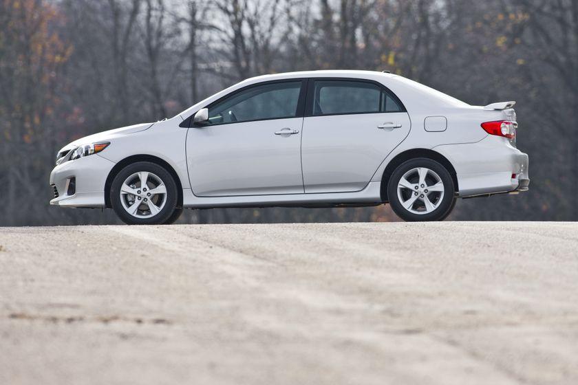 2011 Toyota Corolla 11