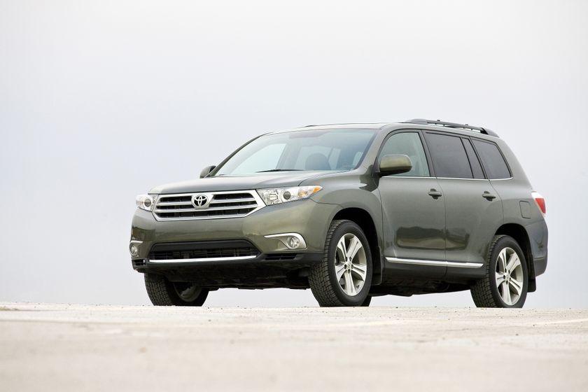 2011 Toyota Highlander 02