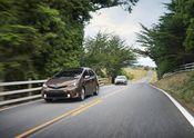 2015 Toyota Prius v (US Images)