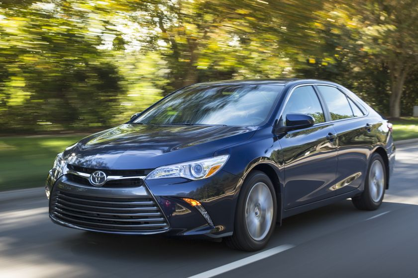 The Bold Sedan That Delivers Big Value The 2016 Toyota Camry Toyota Canada