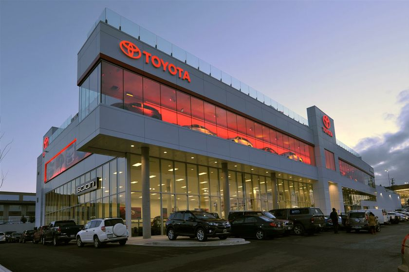 Jim Pattison Toyota Victoria Opens New Ultra-Modern 68,400