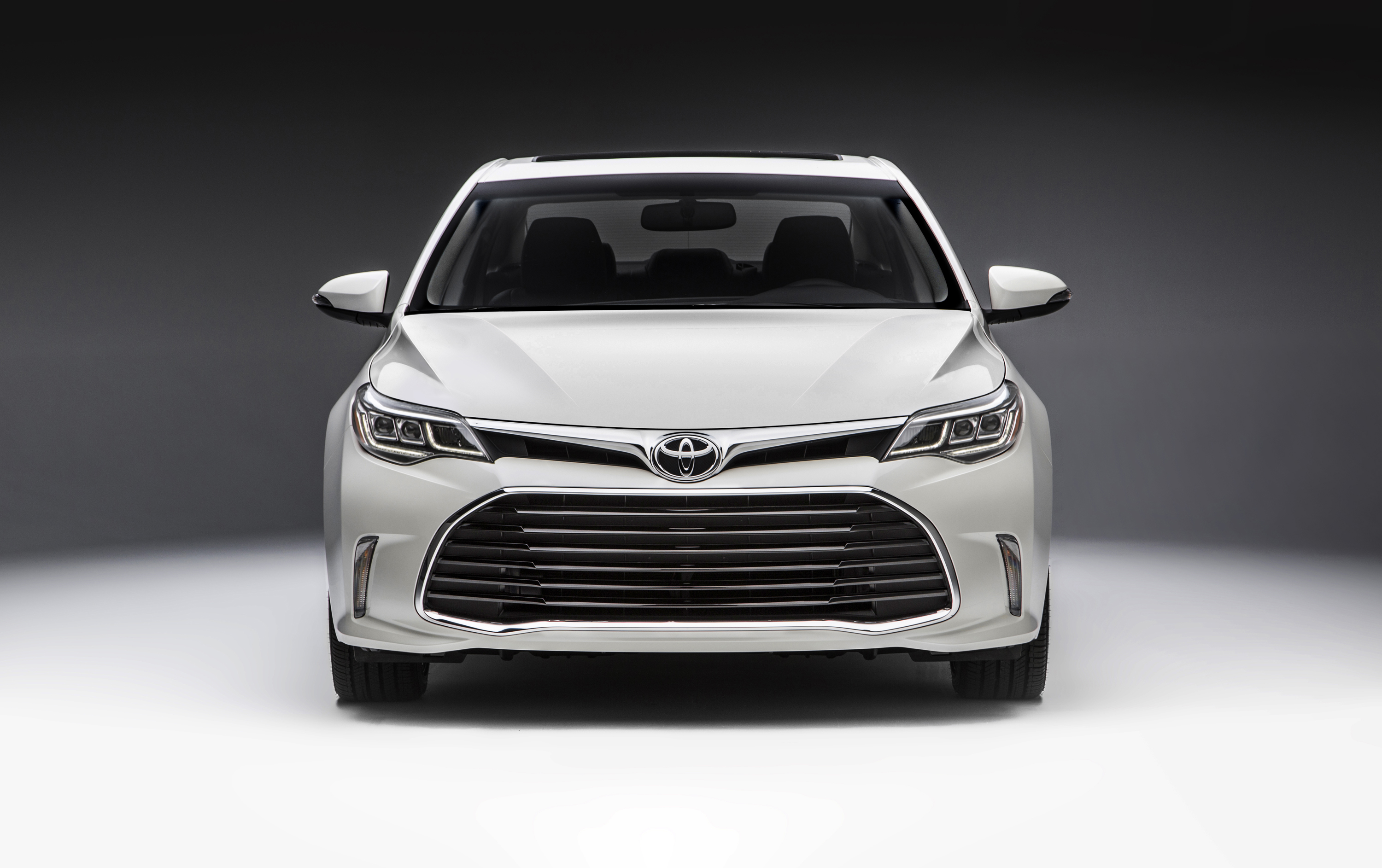 rear avalon new toyota trend motor canada side touring cars view research en models reviews used
