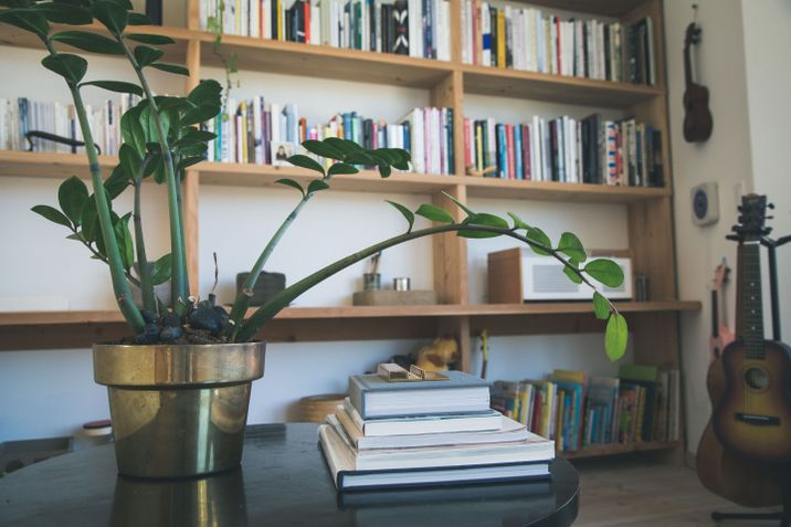 Mjolk-owners John and Juli Baker showed us how they live with books