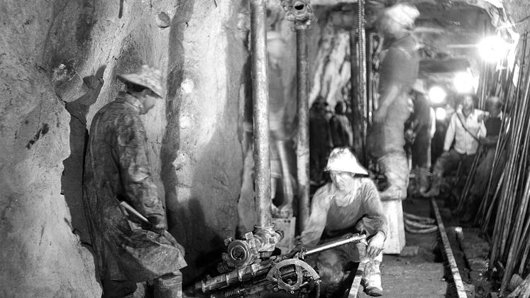 Machines bore out Pioneer Tunnel near Big Creek Powerhouse