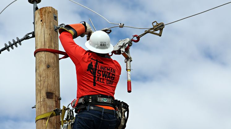SCE Team Takes First Place at International Lineman's Rodeo