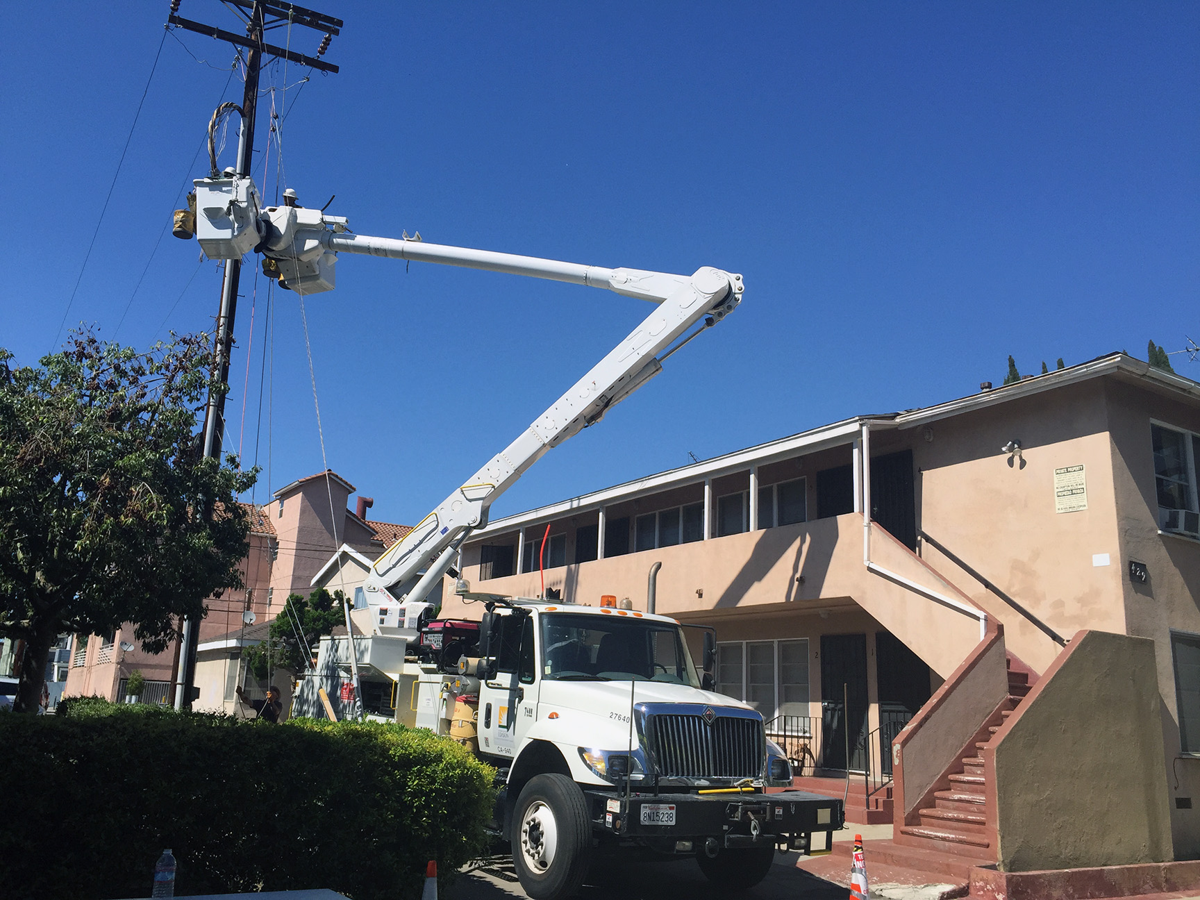 SCE Crews Restore Power to All Customers Affected by Long