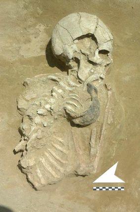 Skeleton (Lofkend, Albania)