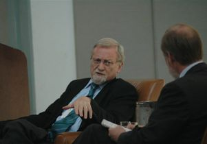 Gareth Evans being interviewed by Los Angeles Times columnist Doyle McManus