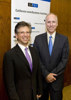 UCLA Executive Vice Chancellor Scott Waugh (right)  and new CNSI director Paul S. Weiss.