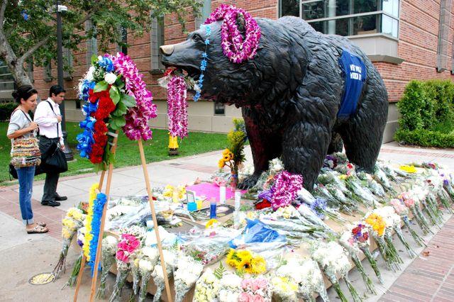 John Wooden memorial at The Bruin