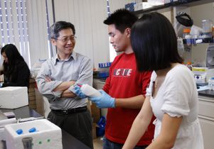 James C. Liao and students