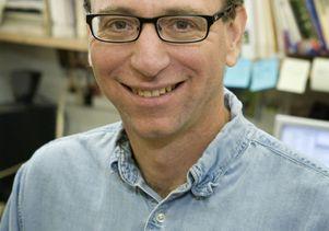 Daniel T. Blumstein