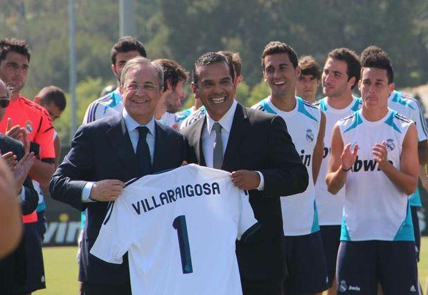 Villaraigosa visits Real Madrid