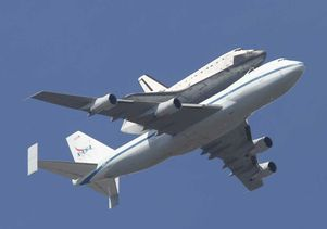 Shuttle Endeavour fly-over