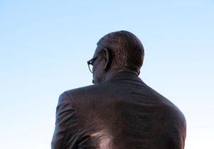 John Wooden statue