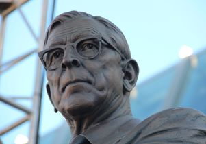 Wooden statue bust