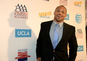 NFL Pro-Bowler and Washington Redskins player Lorenzo Alexander