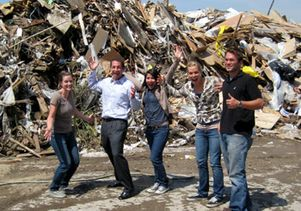 recycling-team-dump-350