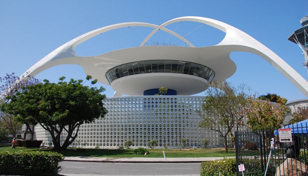 Ucla engineers help fix l a 39 s space age icon ucla for What type of engineer designs buildings