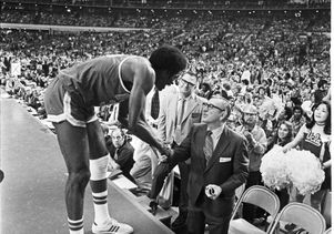 John Wooden: Up close and personal - 23.1KB