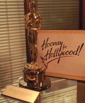 Oscar-Hooray for Hollywood 350 px high