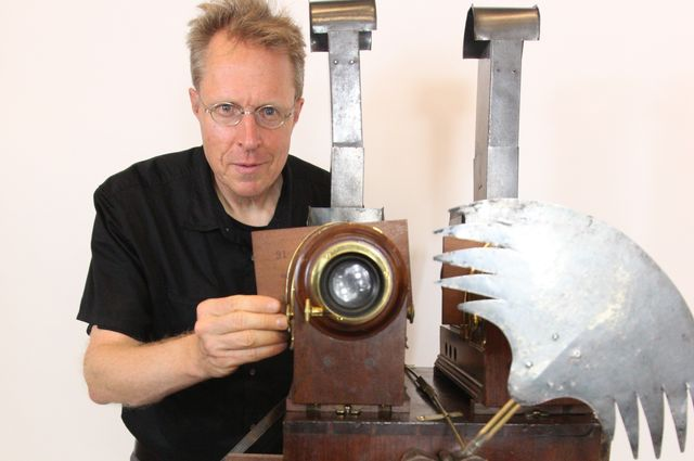 Erkki Huhtamo and a magic lantern