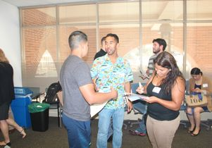 New-student veterans connect with an ice-breaker during UCLA's first Veterans On-boarding orientation.
