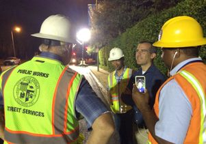 Garcetti with Sunset Boulevard workers
