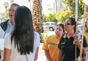 Liliana Leon (in yellow T-shirt) at a picket site