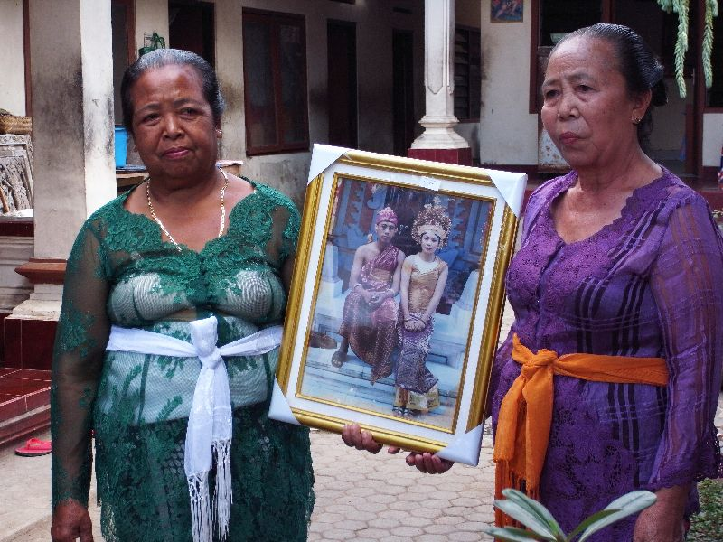 Wives in Bali
