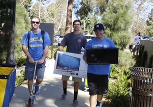 Three students move in