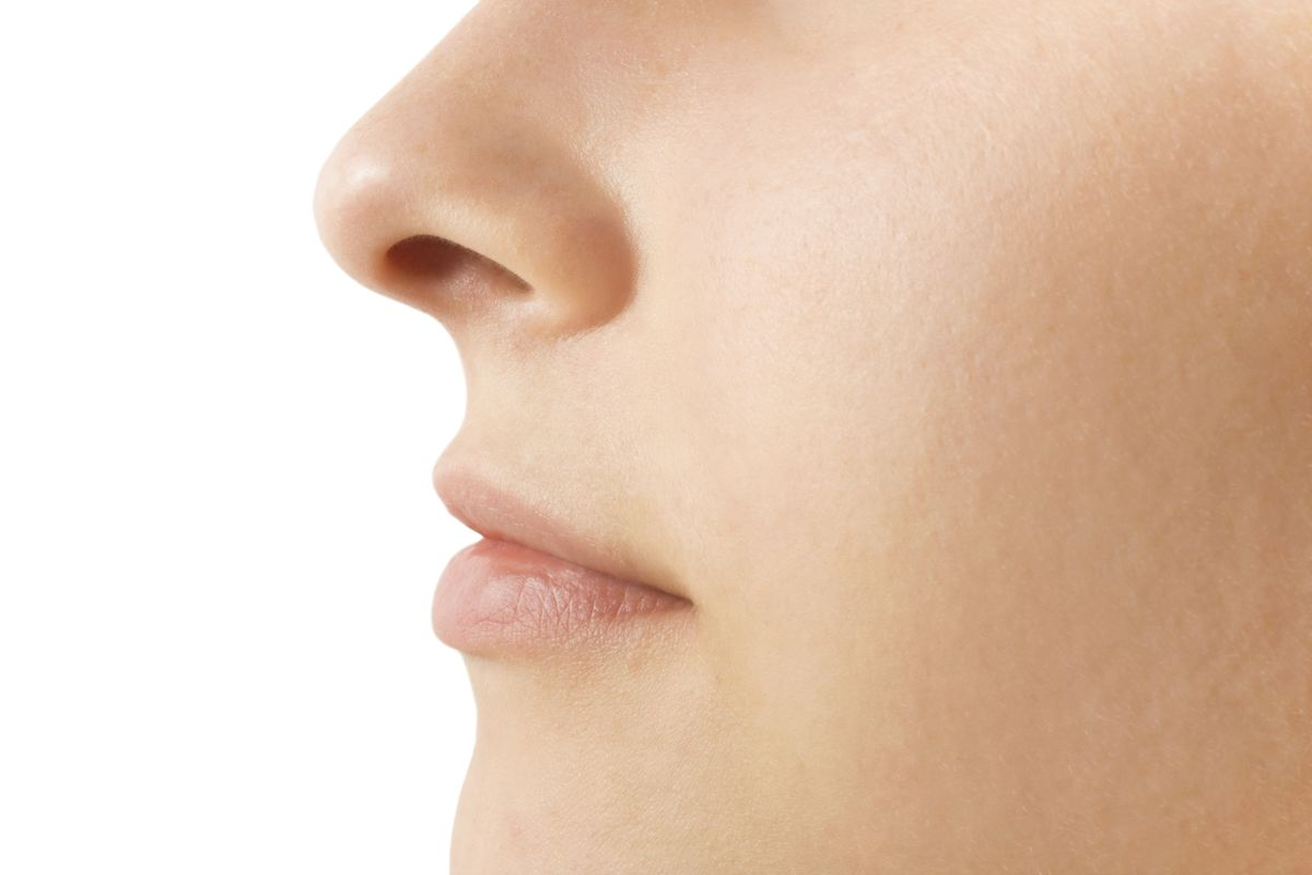 The influence of smells on people around