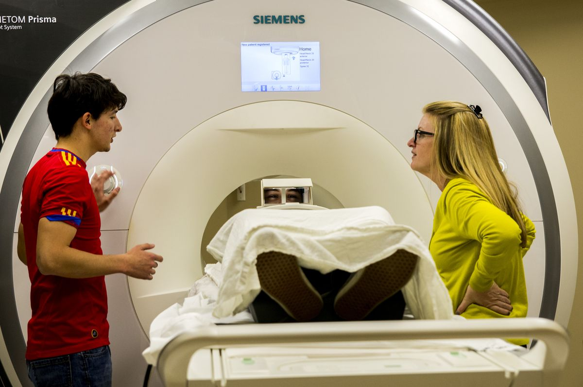 MRI technician Jose Palomares and UCLA researcher Nancy Pike