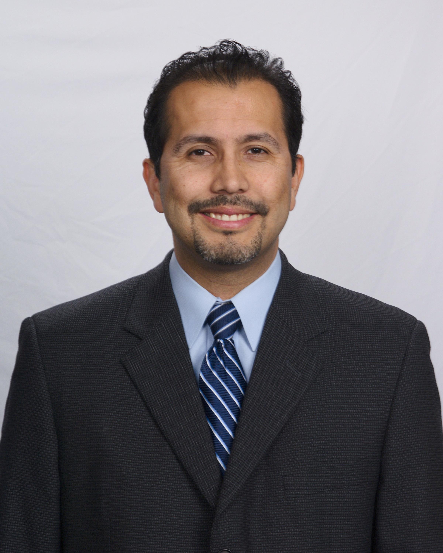Dr. Gerardo Moreno