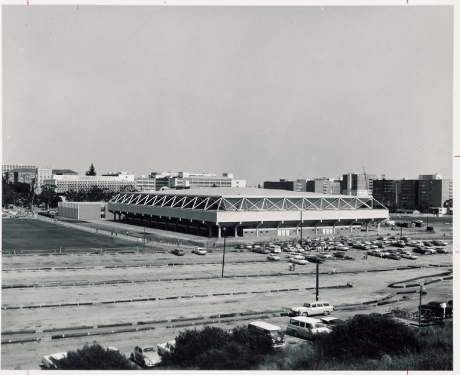Pauley Pavilion, 1965